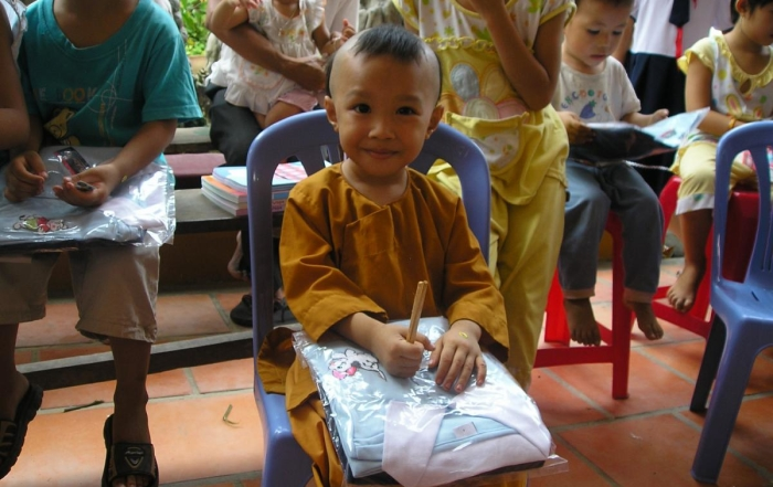 loc tho vietnam charity school